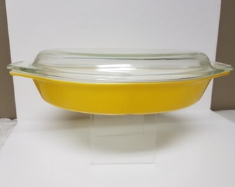 Pyrex Lemon Yellow Divided Casserole Dish with Lid; Made in USA