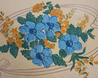 Decorative Tray, Sturdy as Steel, Beautiful & in Great Shape, Vintage, Serving Tray, T.V. Tray, Dining Tray, 17.5 Inches Long 13 Inches Wide