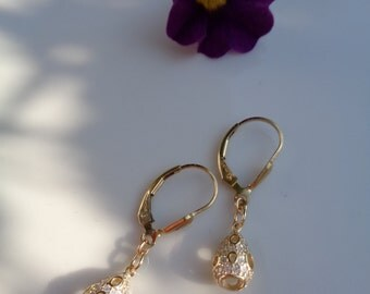 Gold Earrings, 585 gold filled and shipping mail, with drops