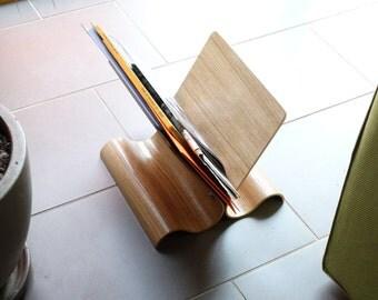 Door Wood newspapers, Supporting oak magazines, bent plywood door magazine