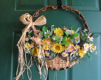 Floral Door Basket, Daisy Door Hanger, Floral Door Wreath