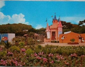Vintage Storyland postcard. San Francisco.Vintage park.Castle.Gift.Collectible.Storyland.Rare.USA postcard.Childhood.Niños.Naranja.Verde.
