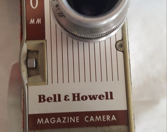 BELL and HOWELL (B&H) 8mm MAGAZINE Movie Camera  - Vintage 1950's