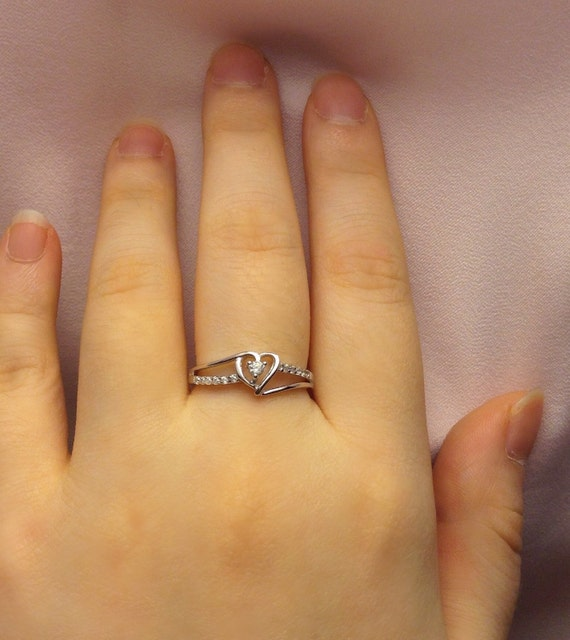 promise ring for her valentine day gift by stoneandsilvergifts