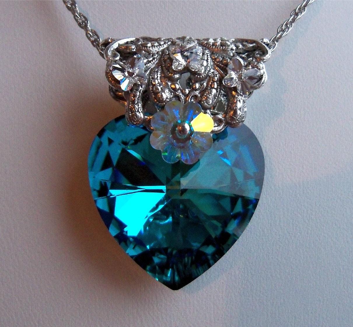 heart necklace bermuda blue swarovski elements crystal. Black Bedroom Furniture Sets. Home Design Ideas