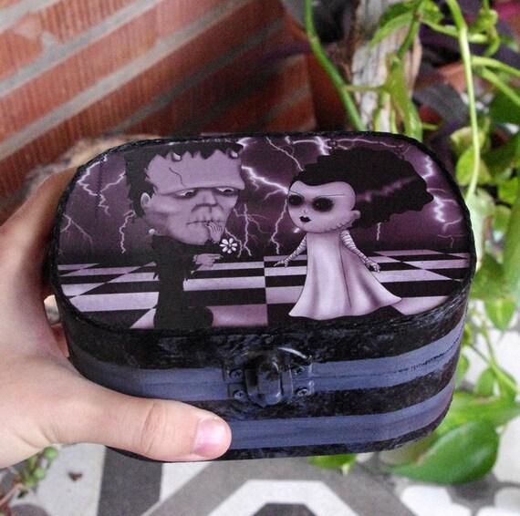 Caja Frankenstein y novia