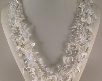 White wedding necklace | Beautiful Pearl shell crochet necklace | Crocheted necklace with pearl | Natural stone necklace | White necklace