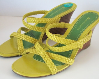 Vintage Shoes Naturalizer NOS Yellow Sandals Wedge Braided Size 8 Ladies