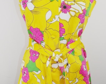 Vintage 1960's Mod bright floral print blouse, cover up or mini dress!