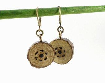 Little earrings in wood slices with pyrography
