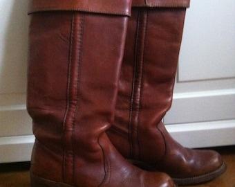 SALE!!!Fabulous 70s Cuffed Vintage Frye Black Label Boots US Size 8