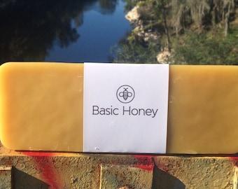 2.5 Lb 100% Beeswax Block