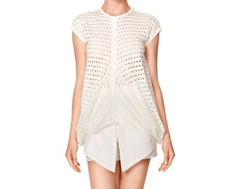 SALE Asymmetric Hole White Top with Longer Side Panels by ILMNE