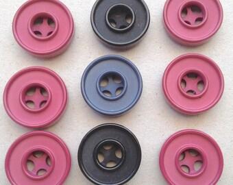 Buttons 9 pcs