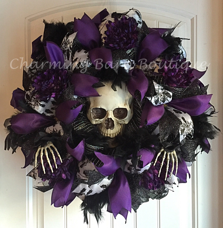 Diy halloween decorations 3 ideas for the halloween party - Halloween Wreath Light Up Halloween Wreath Skull Wreath