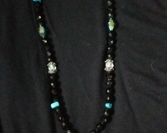 Rehabilitated vintage jeweled necklace