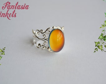 Mood Ring - Color Changing Stone on an Adjustable Shiny Silver Brass Filigree Ring - Vintage Mood Jewelry