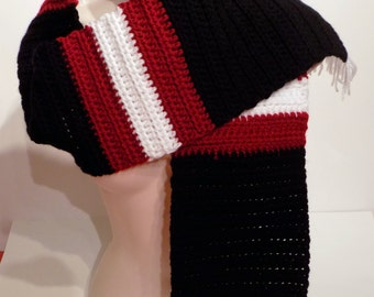 Tricolored Scarf with Fringes