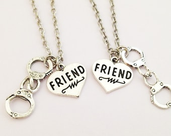 Set of 2 sister necklaces - handcuffs necklace - bff necklace - partner in crime - friendship necklace - best friend - gift for her