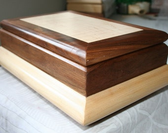 Men's Wood Valet Box, Wooden Valet Box, Wooden Keepsake box, Men's Valet Box.