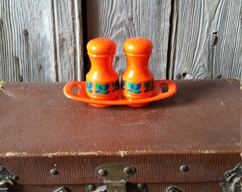 French Retro 1960s Salt and Pepper Shakers  -  Vibrant Funky French Vintage Condiment Set