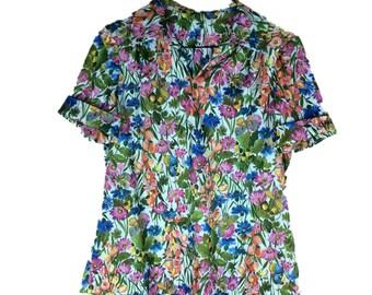Vintage Floral Shirt   70s Flower Blouse   1970s Short Sleeve Blouse   Vintage Spring Blouse   70s Floral Shirt   Butterfly Garden M Medium