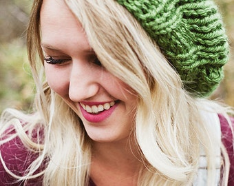 THE SUPER SLOUCH - Hand knit slouchy beanie - Shamrock