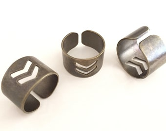10 pcs 20x13 mm Antique brass Adjustable Ring Base