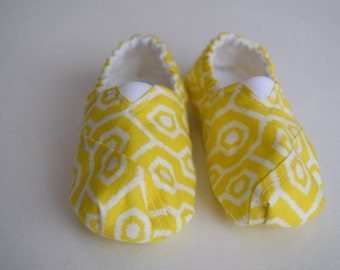 Yellow Geometric Baby Shoes
