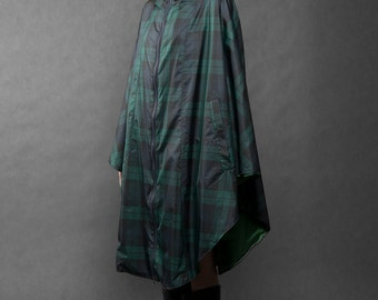 Chequered windproof cape with big hood