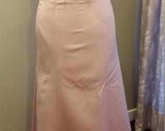 long dress size 10 baby pink with block bow detail
