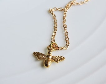 24ct Gold Bee Pendant Necklace - Bumble bee, Busy bee flying insect gold necklace charm, 3D bee charm, Little worker bee, nature gold charm