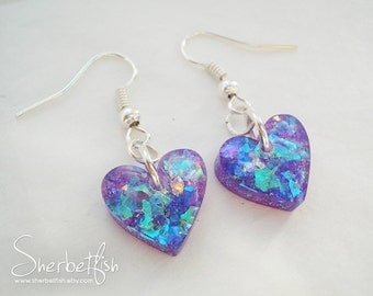 Small purple heart earrings, drop earrings, womens jewellery, faux amethyst earrings, resin earrings, sparkly earrings, resin jewelry