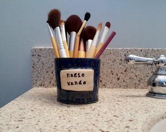"""Shop """"utensil holder"""" in Bathroom"""