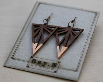 Handcrafted wooden earrings - Rayonism / Eye catching / Art Deco inspired / Bespoke earrings / Ray of light