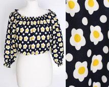 vintage 70s off shoulder crop top puffy sleeve daisy flower print blouse yellow white black polkadot boho gypsy hippie festival shirt S
