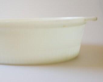 Vintage FIRE KING Large Casserole Dish Cream White