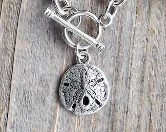 Silver sand dollar charm bracelet / Beach bracelet / Silver link charm bracelet