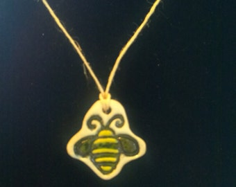"9"" Bumble Bee Necklace"