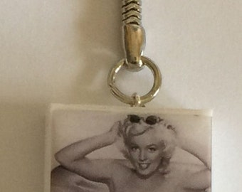 Marilyn Monroe Altered Domino Key-Chain