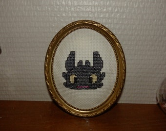 Dragon Krokmou - Toothless dragon - table cross-stitch - How to train your dragon - 11 x 9, 5 cm