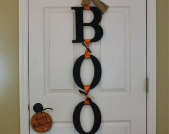 BOO Halloween door sign
