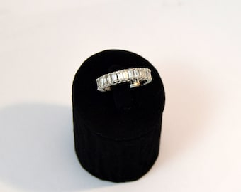 Diamond Platinum Eternity Band Ring engagement ring without end Platinum and diamonds beautiful piece