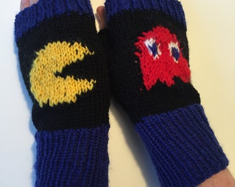 Pacman and Blinky mittens