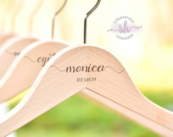SET OF 9 Bridal Hanger/Wedding Dress Hanger/Name Hanger/Engraved Hanger/Custom Name Hanger/Bridesmaid Hanger H01