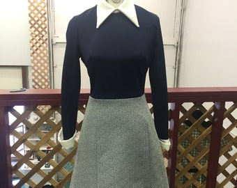 Vintage 1970s Two-Tone Collared Dress