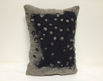 Two layer wool pillow