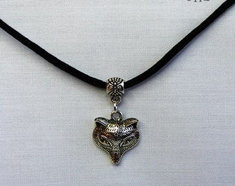 Fox choker necklace on 14 inch black satin cord (Code CCST008)