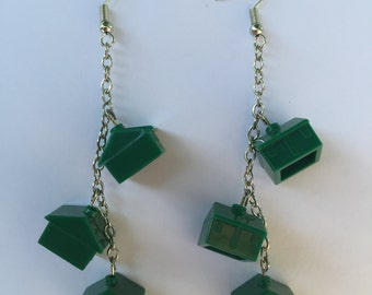 GP008 - green houses on single chain