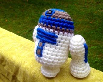 R2-D2 Amigurumi